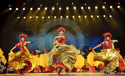 Chinese ethnic dancers of Yi nationality Editorial Image