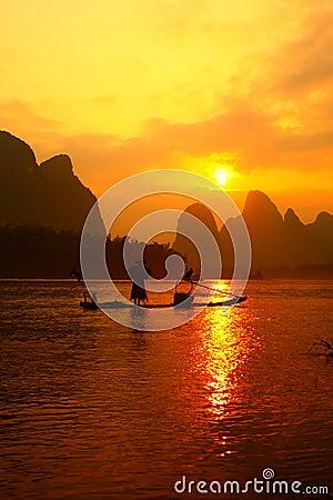 Free Chinese Fishman Fishing Royalty Free Stock Photos - 54743178