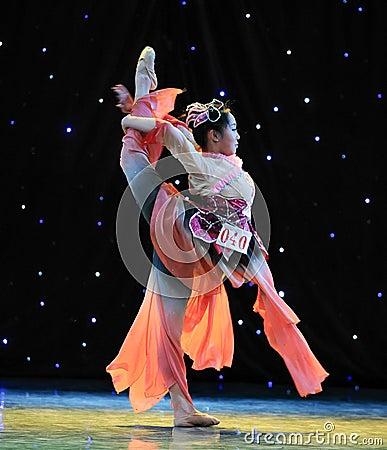 Chinese folk dance- Overturned