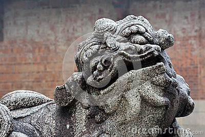 Chinese historical sculptor, godly lion