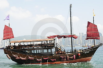 Chinese junk in Victoria harbour in Hong Kong Editorial Photography