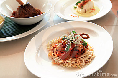 Chinese noodle with squid