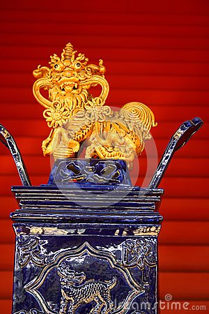 Chinese Porcelain Lion decoration