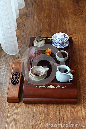 Free Chinese Tea Ceremony Royalty Free Stock Photo - 45037245