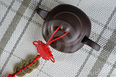 Chinese tea pottery and red decoration