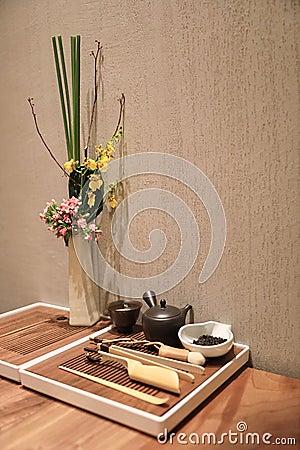 Free Chinese Tea Set Royalty Free Stock Image - 104924576