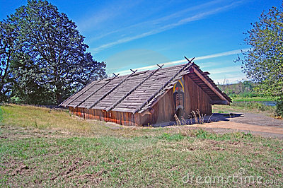 Chinook Indian Cedar Plankhouse Royalty Free Stock Image - Image: 16041996