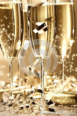 Chispa de oro del champán