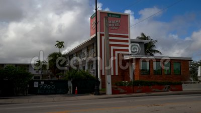 Chivas Miami Motel Stories Biscayne Boulevard 4k stock videobeelden