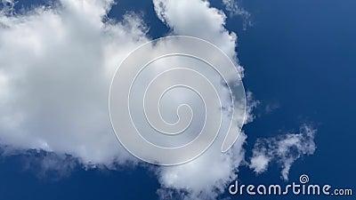 Chmury Timelapse lub inaczej zdjęcie wideo