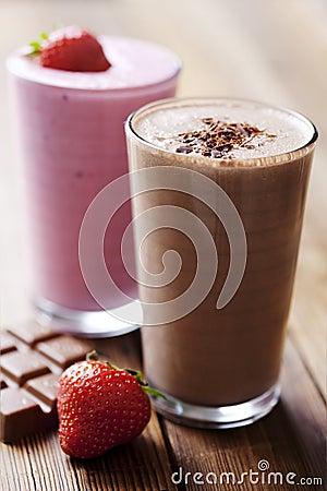 Free Chocolate And Strawberry Milkshake Stock Photography - 17123042