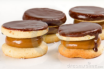 Chocolate cookie with caramel fill