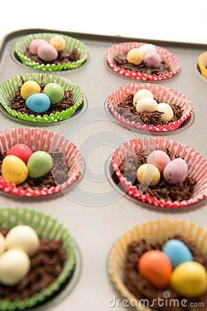 Free Chocolate Easter Nests About To Go In The Oven Royalty Free Stock Photos - 32462558