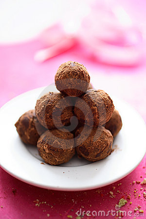 Chocolate truffles in plate