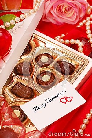 Free Chocolates For Valentine Royalty Free Stock Photo - 18197065
