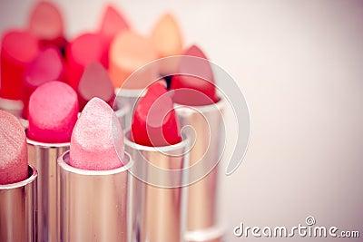 choice of listicks/lipgloss colors