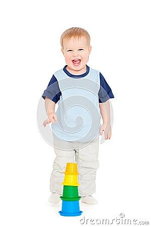 Chłopiec mały radosny