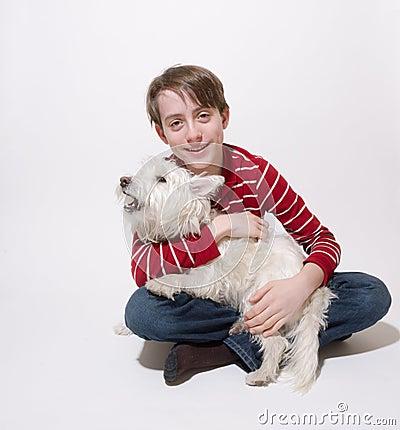 Chłopiec pies jego