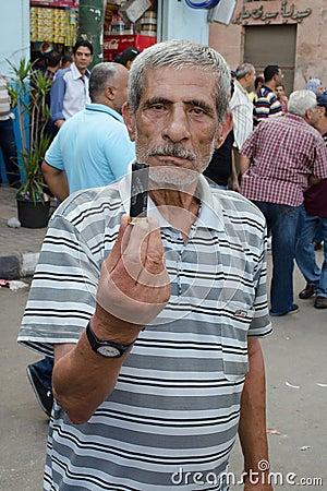 Choques entre los manifestantes y la fraternidad musulmán Foto de archivo editorial