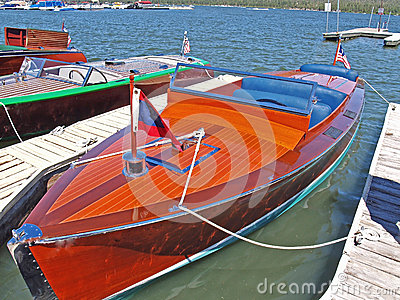 Chris Craft Speed Boat
