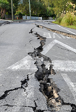 Free Christchurch Earthquake - Cracks In Avonside Royalty Free Stock Image - 18490166