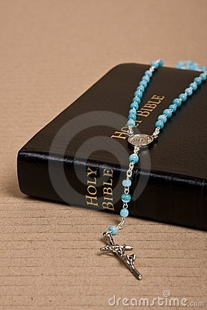 Christianisme - bible sainte et rosaire