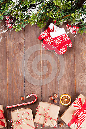 Free Christmas Background With Fir Tree And Gift Boxes Stock Images - 60935014