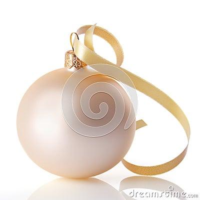 Free Christmas Ball Royalty Free Stock Photo - 3542965