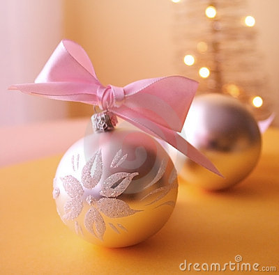 Free Christmas Balls Royalty Free Stock Photo - 1301265