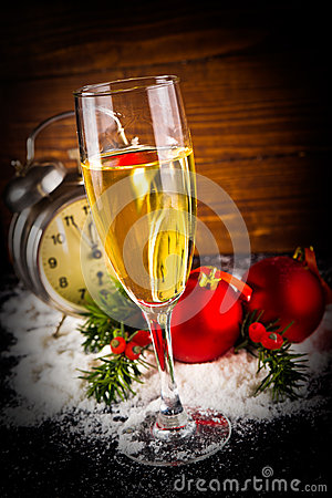 Free Christmas Balls And Vintage Clock With Glass Of Champagne Royalty Free Stock Photos - 34608408