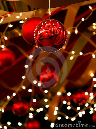 Free Christmas Baubles And Ribbons Royalty Free Stock Photography - 3324087