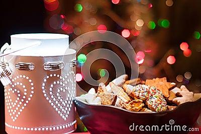 Christmas cookies in brown bowl