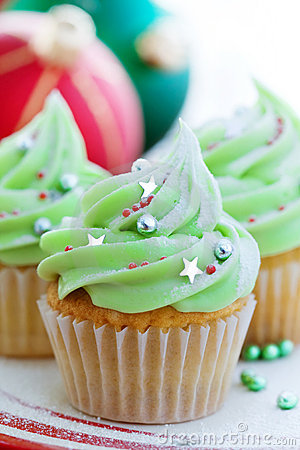 Free Christmas Cupcakes Stock Images - 11741774