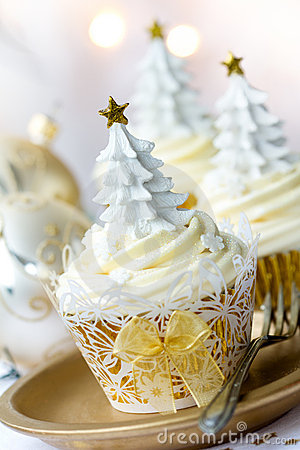 Free Christmas Cupcakes Stock Images - 21986144
