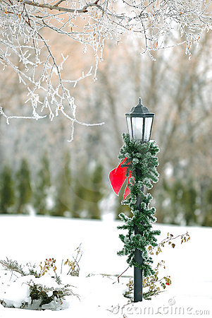 Free Christmas Decorated Street Post Royalty Free Stock Photography - 1830757