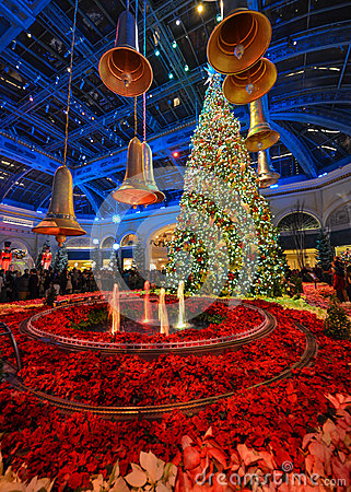 Christmas Decoration At Bellagio Hotel Conservatory And