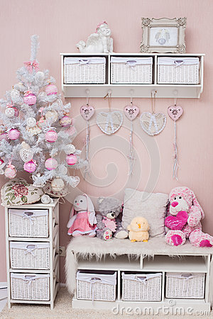 Free Christmas Delicate Colors Living Room With Shabby Chic Tree Royalty Free Stock Photography - 81183667