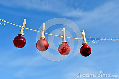Christmas on line - Christmas baubles