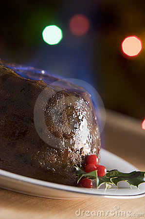 Free Christmas Pudding With A Brandy Flamb Royalty Free Stock Image - 5604386