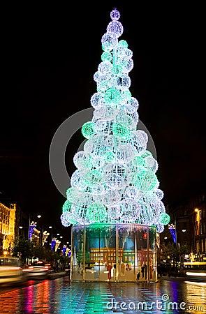 Christmas tree in Dublin city at night
