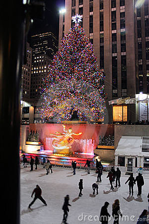 Free Christmas Tree Lighting Celebration At Rockefeller Royalty Free Stock Photos - 18888158