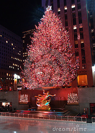 Free Christmas Tree Lighting Celebration At Rockefeller Center Royalty Free Stock Photos - 1626218
