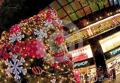Christmas tree at orchard road Editorial Stock Image