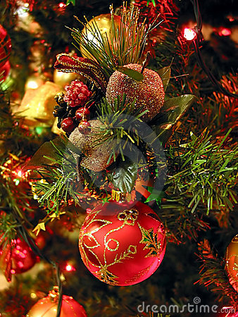 Free Christmas Tree Ornaments Stock Photo - 364240