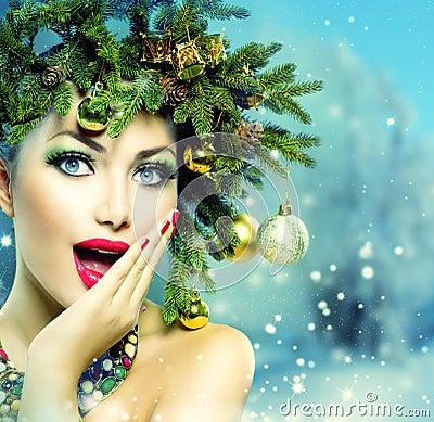 Free Christmas Woman Royalty Free Stock Photos - 35327598