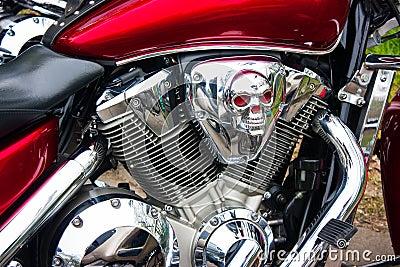 Chrome biker skull