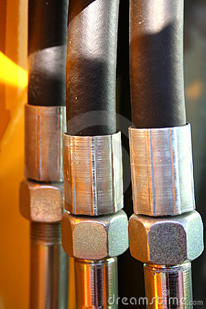 The chromeplated nuts and the reinforced hoses of hydraulic