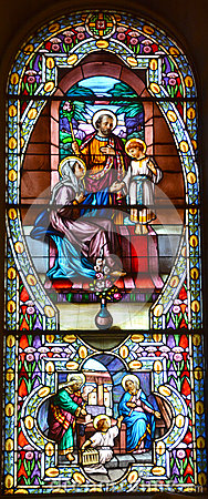 Free Church Of Saint-Leon-de-Westmount Stained Glass Window Stock Images - 78346044