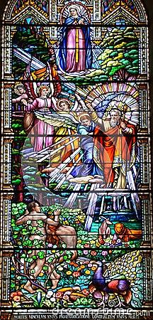 Free Church Of Saint-Leon-de-Westmount Stained Glass Window Stock Photo - 78346360