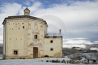 Church S. Mary of piety (Rocca Calacio Abruzzo)